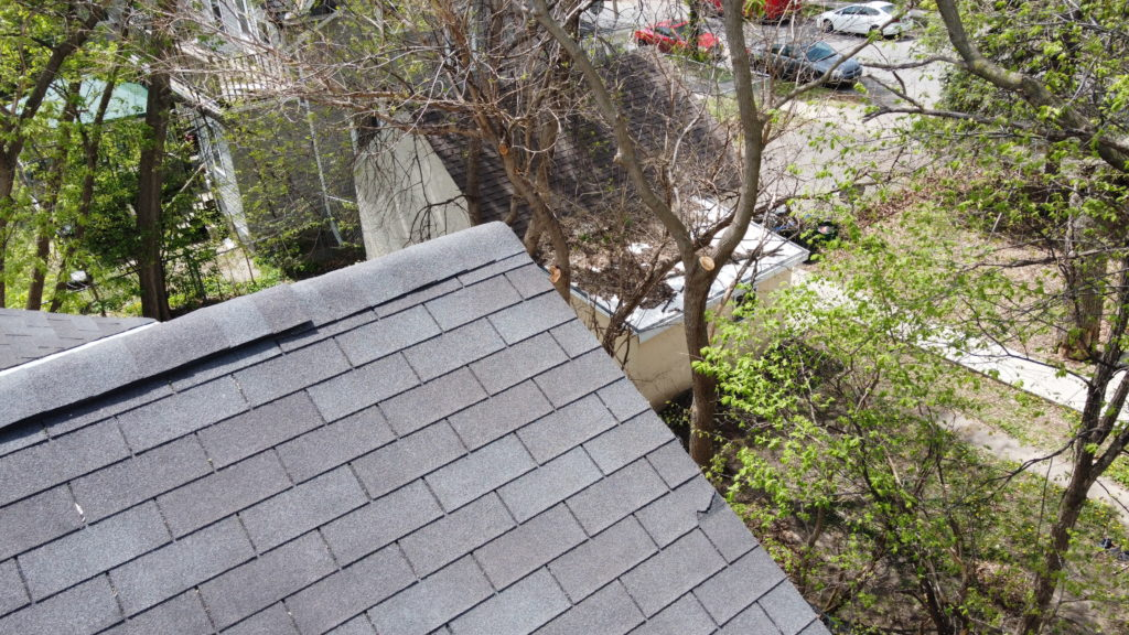 How do i get insurance to pay for a new roof